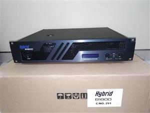 Hybrid Powered Amplifier B1800