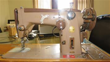 Singer 306K Sewing Machine