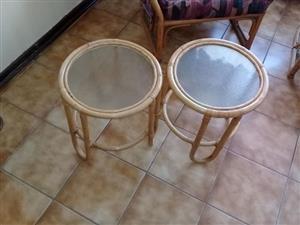 2 Klein ronde tafeltjies