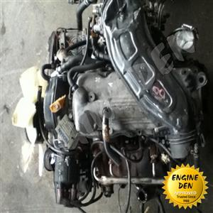 MAZDA 8V CARB FWD F8C USED ENGINE