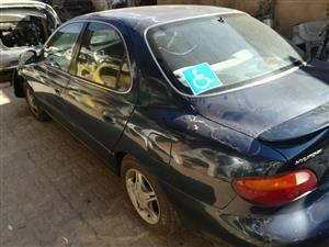 HY045 - HYUNDAI ELANTRA 1.6 GL 1997 (G4GR) - STRIPPING FOR SPARES