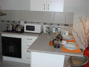 Modern 2 bedroom flat availble from 1 June 2020