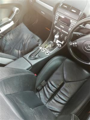 2004 Mercedes Benz SLK 200