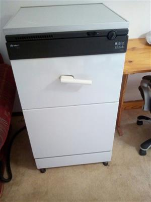 Dishwasher Indesit 2114