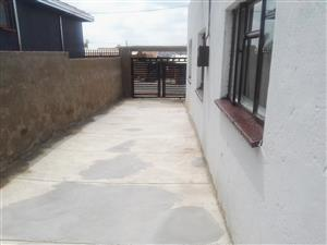 Spacious Standard outside back room to let in Atteridgeville