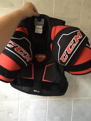 Ice hockey chest protector
