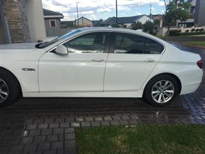 2013 BMW 5 Series 520i Exclusive