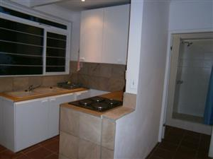 Two bedroom apartment with garden to rent central and secure in Stellenbosch.