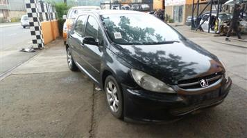 CURRENTLY STRIPPING P348 PEUGEOT 307 2.0 XS 2006