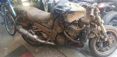 Kawasaki zx14 stripping for spares