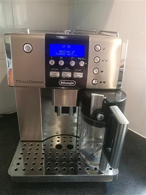 Deloghi Automatic Coffee Machine