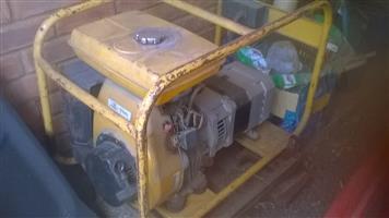 6.5 kVa generator with Robin EY 40 engine. Single phase.