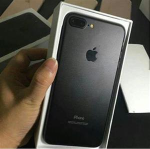 Excellent iPhone 7 plus,and box with Accessories!