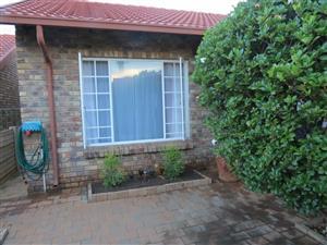 2-Bedroom townhouse in Doornpoort to rent