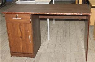 Office desk S032397E #Rosettenvillepawnshop