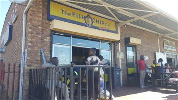 Fish and Chips Co shop for sale negotiable in Leandra