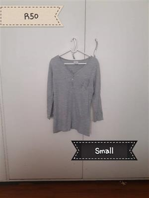 Small gray top for sale