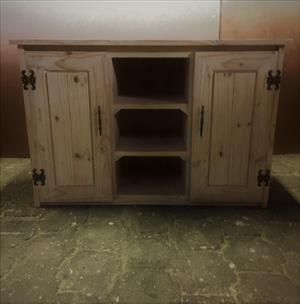 Compactum Cottage series 1200 change-over table Raw
