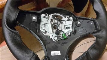 Refurbishing of leather gearknobs and steering wheels
