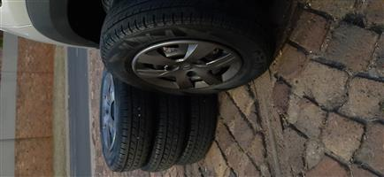 "13"" Renault Kwid Rims with Tyres and Original Renault Wheel Cabs"