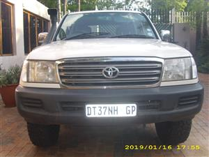 2004 Toyota Land Cruiser 100 4.5 GX
