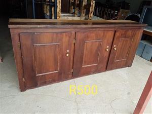 Furniture te koop