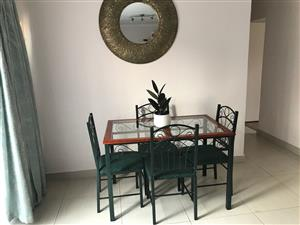 4 seater Dining Set for sale