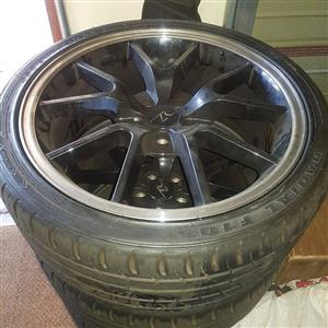 20 inch MAGS and Tyres almost new