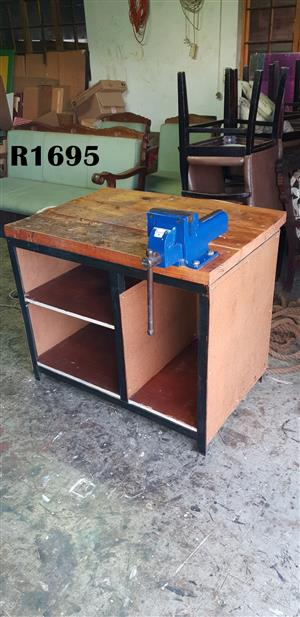 Work Bench In Building And Diy In Gauteng Junk Mail
