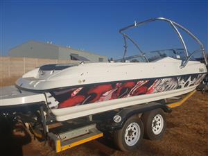 Inboard V8 Clifton boat