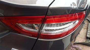 Ford Fusion Ecoboost 2.0 2015 tail lights up for sale when needed urgently
