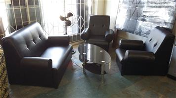 Bargain !! Brand New 3 Piece Lounge Suite