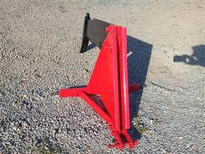 Massey Ferguson (MF) 1 Tine Ripper / 1 Tand Brondbreker Pre-Owned Implement