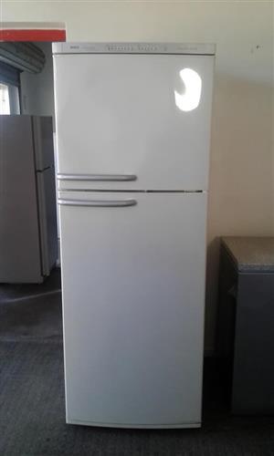 460 litre Bosch fridge/freezer