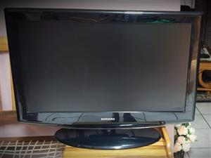 Samsung Tv 32inch with remote