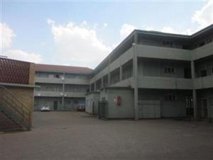 VDBP flat, Martinus pretorius close to vaal mall