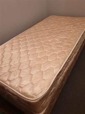 Single bed Pretoria North