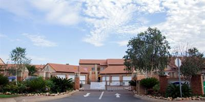 Modern two bedroom simplex to let in Centurion