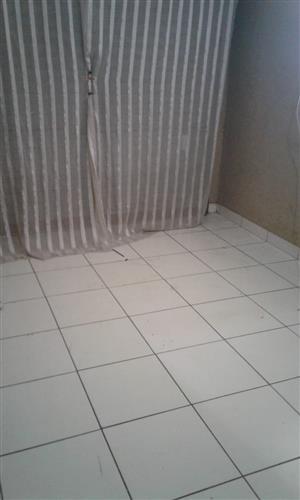 Room to rent in Nellmapius ext1