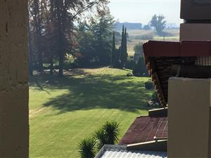 Beautiful 2 Bed 2 Bath Top Floor overlooking Vaal River- Vaal Park