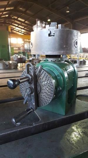 Dividing Head Vertical