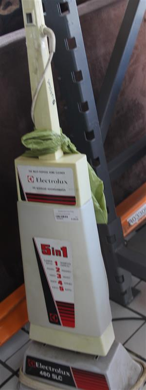 S033851G Electrolux polisher #Rosettenvillepawnshop