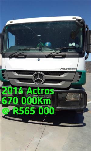 2014 Mercedes Benz Actros 3344