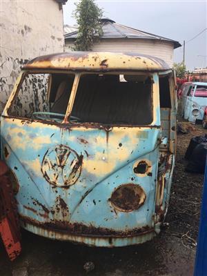 For Sale: Volkswagen Splitwindow Kombi's