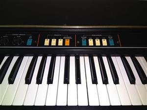 Vintage Roland VK1 - Hammond Clone Organ