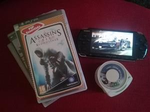 SONY PSP AND 12 GAMES