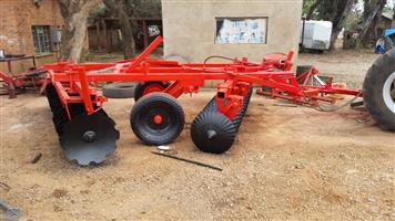U Make 29 Disc Hydraulic Harrow Pre-Owned Implement
