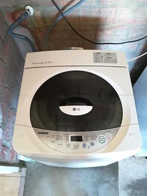 LG Fuzzy Logic 8.2kg Top loader washing machine