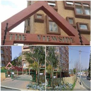 SHARED/Flatmate: accommodation: Price Reduced  2 Rooms :  Available in 3-Bed Flat Wonderboom South