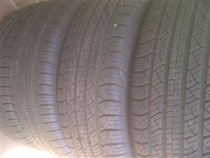 4xAplus tyres 215/60/17,as new!!